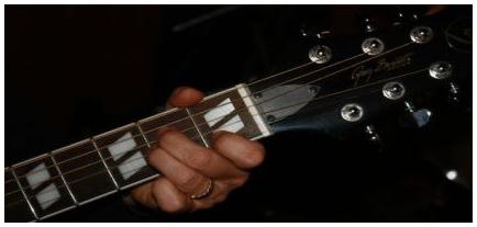 chitarra_acustica